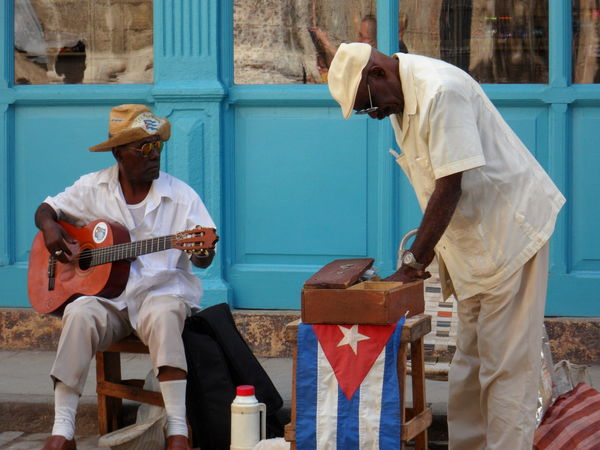 Cuba Day Hat Lifestyles Musician Outdoors