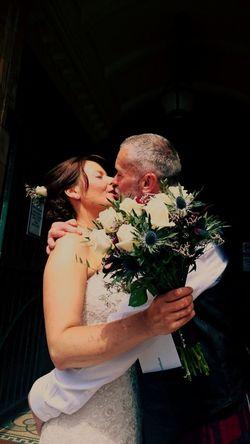 The kiss . Brideandgroom Wedding Happy