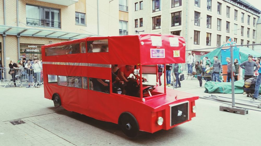 English Bus :) Hi! Fun Times Enjoy Cycling 24h Vélo! Happy!!!