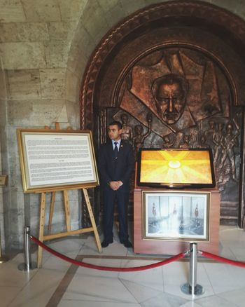 Anıtkabir Ankara Turkey Askerlik Atatürk Mezar odası. Mihmandar Rehber Vatan