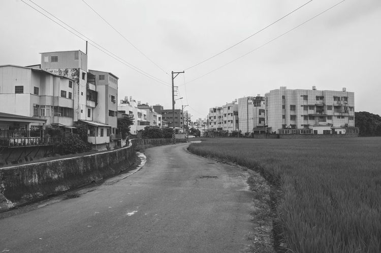 Home Hometown Country Road Countryside EyeEm Taiwan On The Road Streetphotography B&w Street Photography Blackandwhite Black And White Taichung Black & White Traveling Home For The Holidays