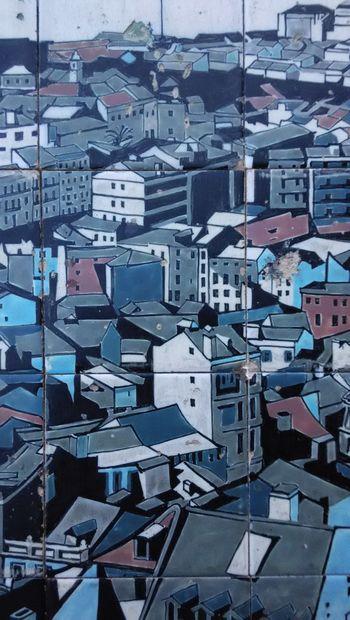 Blue Blue And Grey Building Ceramic Art Ceramic Tiles Ceramics Drawing Graffiti Graffiti Art Graffiti Wall Grey And Blue Lisbon City Life Lx