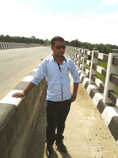 I am rahul Looking At Things First Eyeem Photo
