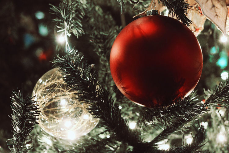 Christmas tree decorations and lights 2018 Celebration Christmas Eve Christmas Lights Joyful Life Style Lights MerryChristmas Santa Claus Tradition Celebration Christmas Christmas Decoration Christmas Decorations Christmas Ornament Christmas Tree Close-up Evening Happy New Year Indoors  Joy Merry And Bright Ornaments Party Pine Tree