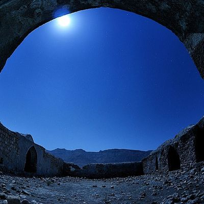 Old monument Instaakasbashi Insiran Insiran1 insiran3 instapersia moonlight night
