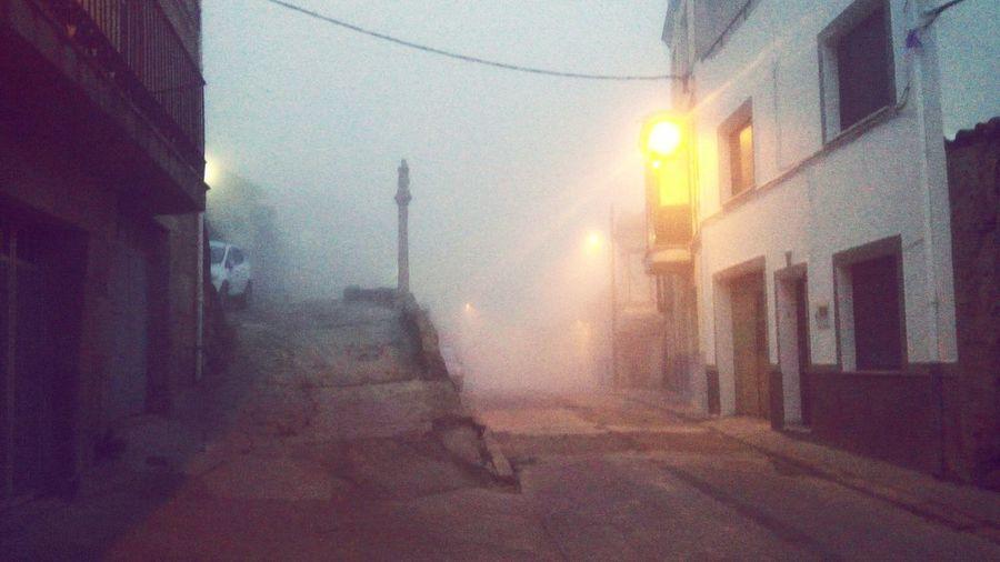 Photooftheday Streetphotography Enjoying Life The EyeEm Facebook Cover Challenge Cold Days Pueblos De España Fermoselle