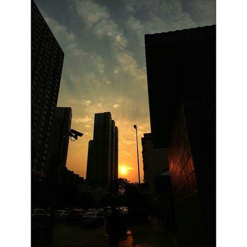 落日夕阳 长沙 Changsha Sunset snapseed sky sun cloud hunan car building road china