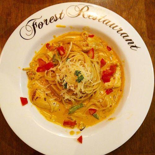 週五的小約會👠 Fridaydinner Forestrestaurant Pasta Yammy