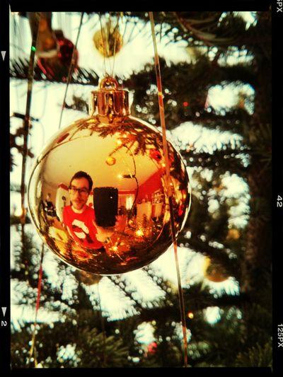 Schöne Weihnachten Euch allen da draußen... Merry Xmas! Selfportrait