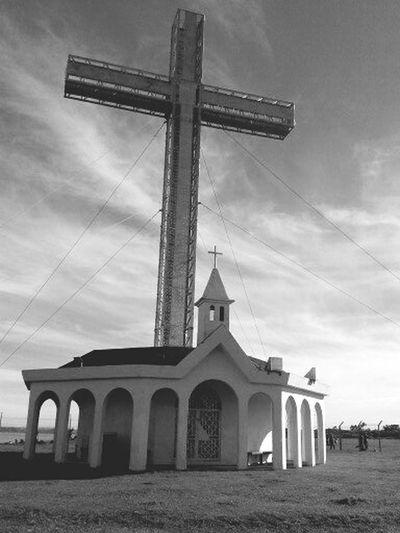 Cruz de Tenglo... Architecture Religion Built Structure Travel Destinations Building Exterior Spirituality Cross No People Day Grass Sky Outdoors