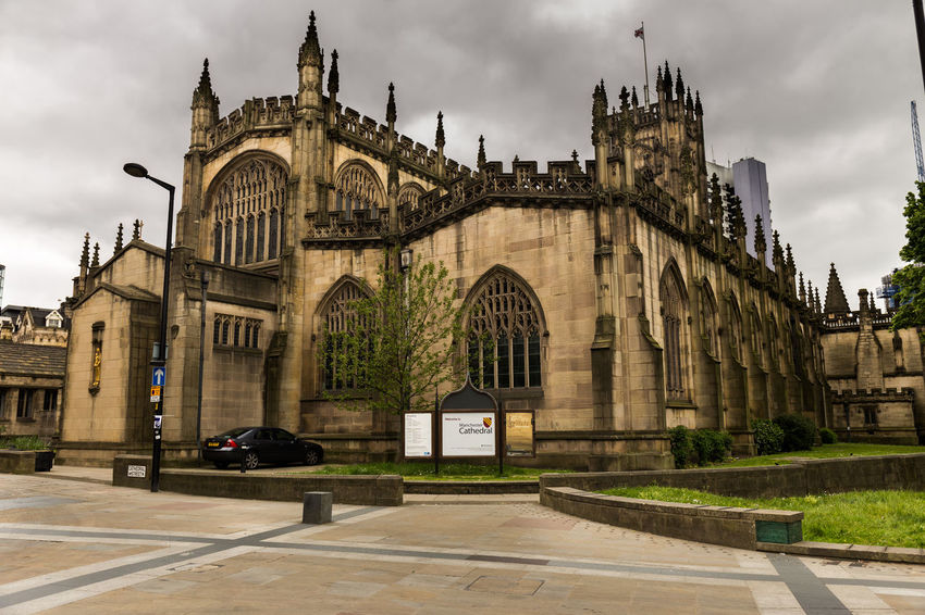 Architecture Building Exterior Cathedral Church Cloudy Historic Manchester Tourism Eyeem Manchester Eyeem Architecture EyeEm Buildings Eyeem Church