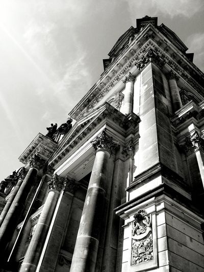 Cathedral of Berlin, Germany - 06/05/2013 - Samsung Galaxy S3 The Architect - 2015 EyeEm Awards Architecture_bw Architectureporn Monochrome Bnw Berlin Hanging Out Taking Photos Check This Out Shades Of Grey