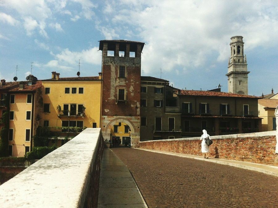 Architecture Building Exterior Built Structure Day City Cityscape Verona Italy Breathing Space Passenger Turism Turistic