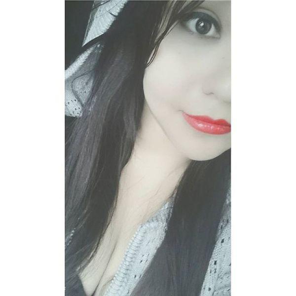 Blancoynegro Labiosrojos Bonita Sonrisa Ojitos 😊💌