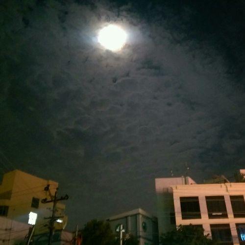 Full Moon Htconem8 Moon Walk