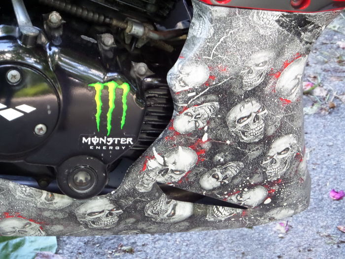 Black. White. Close-up Day Engine. Part Of. Trike. Motorcycle. Car. Train. Gypsy Tag. Lettering. Art. Messy Motorcycle Motorcycle Bellypan Multi Colored No People Painted. Paintwork. Skulls Design. Still Life