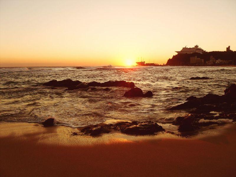 정동진 일출. Sunrise 정동진 Sunlight Sea Sunset Beach Wave Water Beauty In Nature Nature