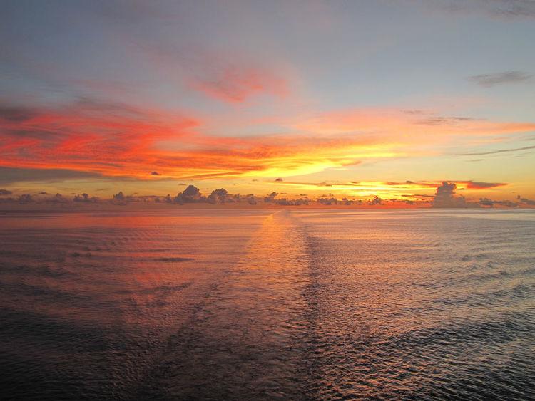 Cloud - Sky Dramatic Sky Horizon Over Water Sea Sky Sun Sunset Water