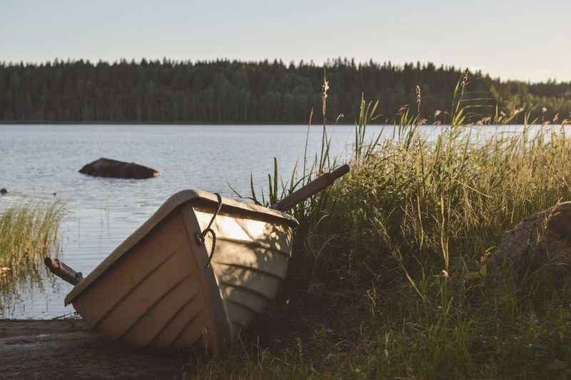 Midsummer night 😍 Finnish Nature Visitfinland Ourfinland EyeEmNewHere Water Nautical Vessel Lake Countryside Tranquil Scene Calm Idyllic Non-urban Scene Shore Lakeside Remote