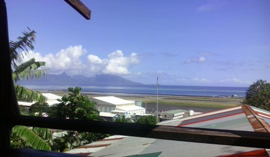 Vue de Moorea depuis Faa'a. Faa'a French Polynesia Moorea Sunset Sunset_collection Tahiti