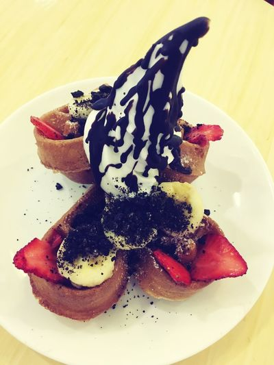 #waffles #RedMango #yogurt Food And Drink Food Ready-to-eat Plate Sweet Food Indulgence Freshness Dessert Temptation Close-up Berry Fruit Sweet