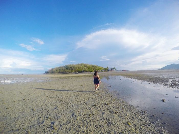 The Great Outdoors The Great Outdoors – 2016 EyeEm Awards Beach Walking Low Tide Beachscape Beach Photography