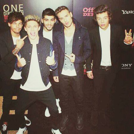 This is us premier in NY One Direction New York This Is US Hanging Out