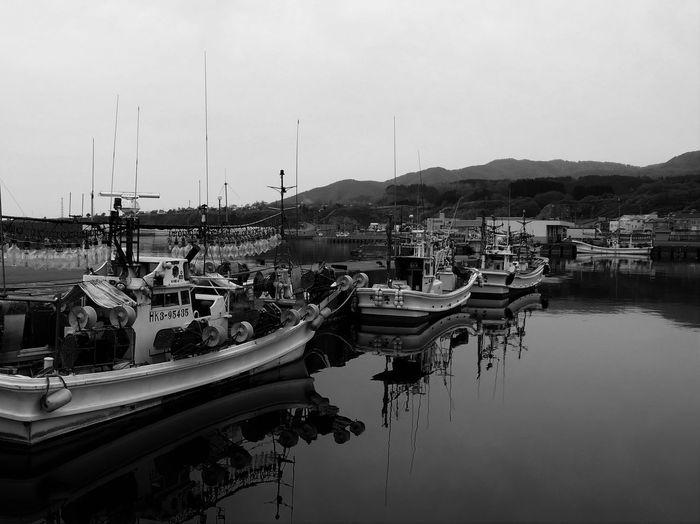 海 Sea Sea_collection 漁船 漁船の灯り 集魚灯 Black And White Monochrome Bw Bw_collection Bw_lover Eyeem Monochrome Water Hokkaido Hokkaido Japan