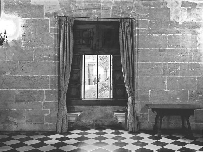 Lonja de la Seda (Seidenbörse), Valencia. Late Valencian Gothic style civil building Indoors  Architecture Door No People Built Structure Shadows & Lights Window Lonja De La Seda Valencia, Spain Gothic Style Black And White Friday