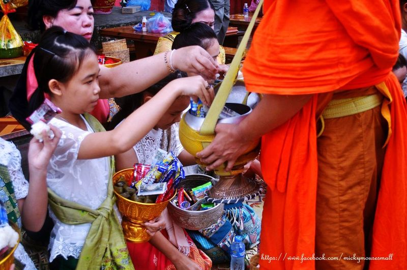 philanthropy World Culture Emotion Travel Photography Philanthropy Believe Laos Friendship Drink Togetherness Young Women Alcohol Party - Social Event Celebration Drinking Glass Food And Drink Tourism