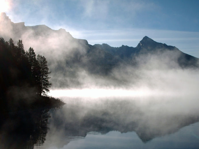 Maligne Lake Canada Lake Mist Misty Morning Peace And Quiet Good Morning Maligne Lake Canada Fog Foggy Morning Natural Mystic