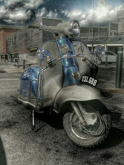 Vespa Lambretta Blue Sky And City Scooter Life Scooter Classic Bike Mods Old Scooter Popular Photos