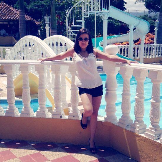 LoveMe Cute Beautiful Pool Time