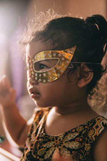 Portrait of girl wearing sunglasses