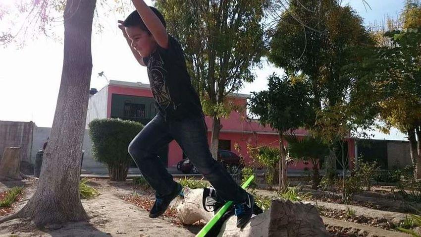 Near Home Mi Hijo  Jumping Mi Niño
