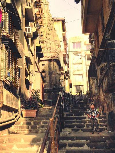 Hanging Out Streetphotography Kids City Urban Exploring Enjoying Life Steps Banganga Malabar Hill