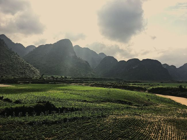 Phong Nha Ke Bang National Parc Vietnam Traveling Motorcycle Backpacking Phongnha Mountains Rice Field