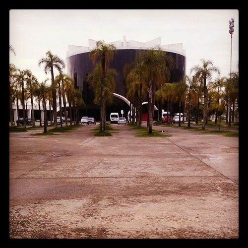 Bora trabalhar. Memorialdaam éricalatina Work Niemeyer