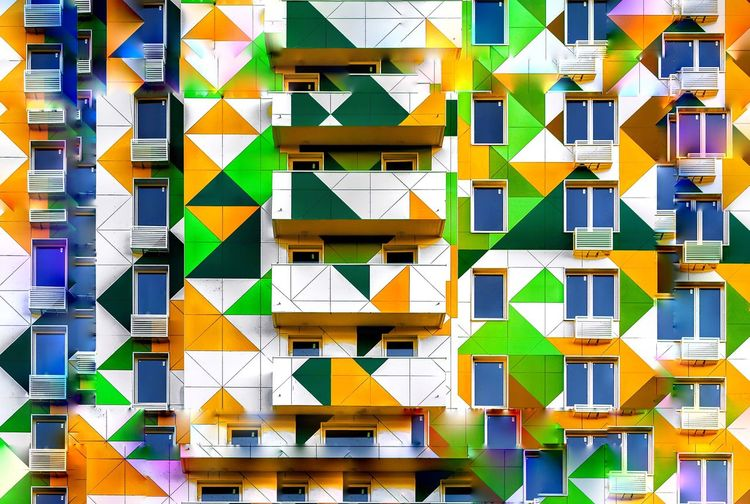 https://www.instagram.com/alyabev_ru/ Building Exterior Architecture Pattern Built Structure Building Multi Colored Backgrounds Residential District Full Frame No People Day Repetition City Design Triangle Shape Window Outdoors Shape In A Row House Modern In A Row Architecture Yellow City Side By Side