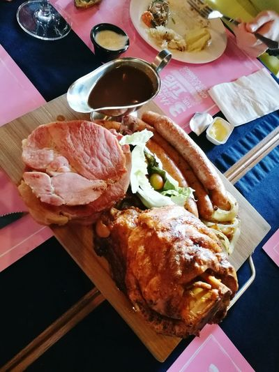 Early Xmas lunch Meat Food Ham Breakfast Indoors  Close-up Ready-to-eat No People Freshness Day Porklovers Porkplatter Everythingpork Pork Celebration Xmas2016 Xmasparty