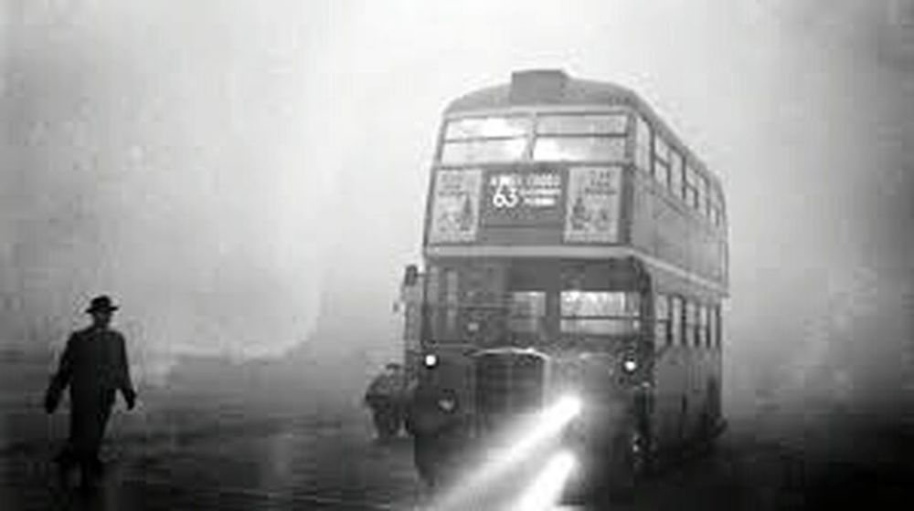 bus im nebel Nebel