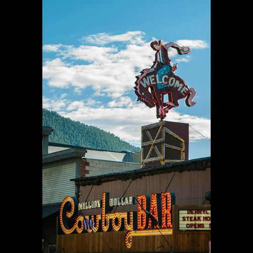 One upon a time in Wyoming... Wyoming Tourist Trap Cowboy Bar Tourist Attraction  Mountain Town Adventure America