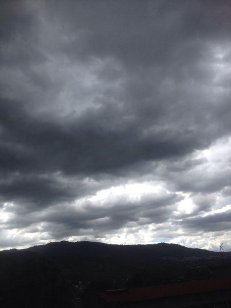 Una vista más desde mi balcón en Mexico De Mis Amores Mexico DF Cerro Ajusco Nublado Nubes Y Cielo Clouds Skylover
