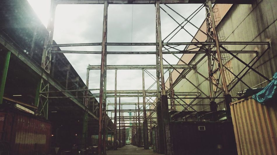 Building Exterior No People Urban Geometry Urban Landscape Urban North Portland Shipyard Shipbuilding Infiltration Off Limits Wrinkles Of The City  Industry