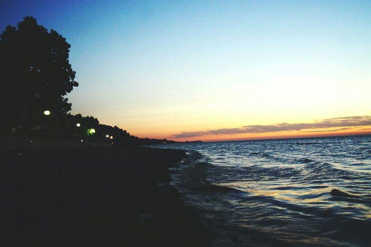 Faces Of Summer Marmara Sea Waves Turkey Yalovasahili Nightphotography An Eye For Travel