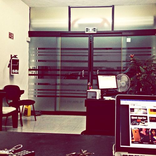 En la oficina Testing