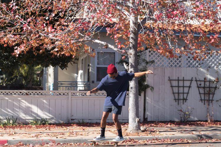 Skateboarding Skate The Fashionist - 2015 EyeEm Awards Autumn Colors California San Diego Streetphotography The Action Photographer - 2015 EyeEm Awards Living Bold Fashion Forever