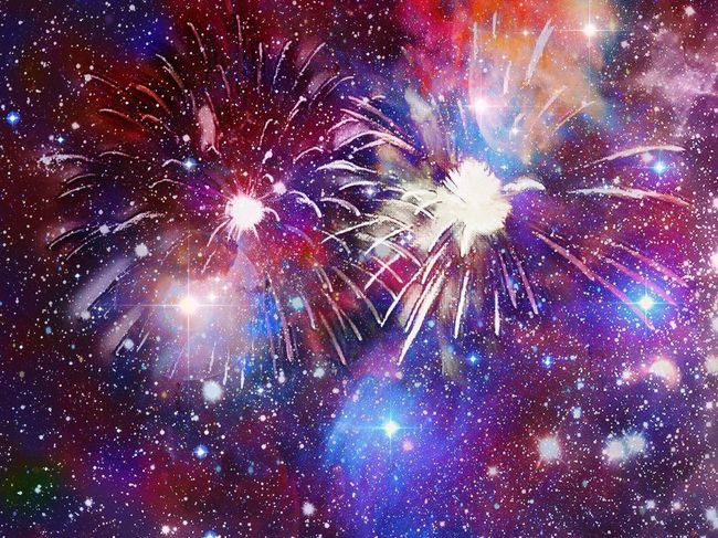 Fireworks. 14 juillet. Huawei. Photomontage. Universe. Galaxy. Effects. Sky. Colors