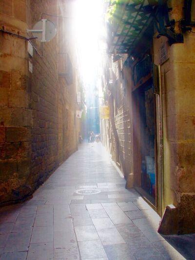 Alley Lookingup Sun Rays Bcn Barrio Gótico Vividmoments