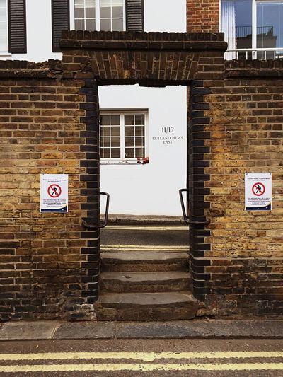Portal London Calling Urban Landscape Cityscapes Walking Around EyeEm Best Shots Enjoying Life Eye4photography  The Traveler - 2015 EyeEm Awards London Lifestyle Postcode Postcards